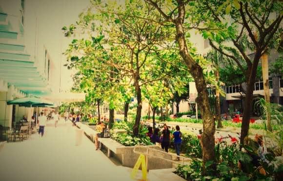 フィリピン・六本木・ITパーク_Fotor