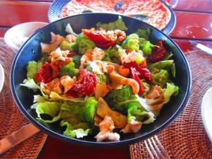 海のものも山のものも、とにかく食材が新鮮な食材なので、何を食べてもおいしいんです!