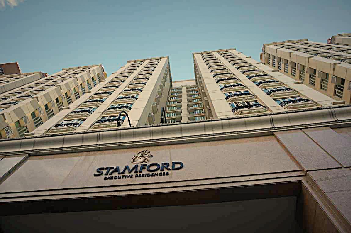 stamford 玄関